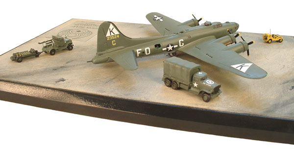 Boeing B-17G 1/144 scale pewter limited edition aircraft model. 'Vonnie Gal' in the early olive drab scheme. Handmade by Staples and Vine Ltd.