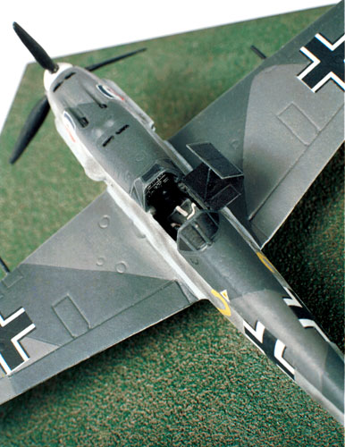Messerschmitt Bf 109E-4 1/72 scale pewter limited edition aircraft model as flown in the Battle of Britain. Handmade by Staples and Vine Ltd.