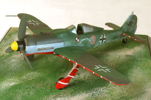 Focke Wulf Fw 190D-9 1/72 scale pewter limited edition aircraft model. A colourfull JV 44 protection aircraft. Handmade by Staples and Vine Ltd.