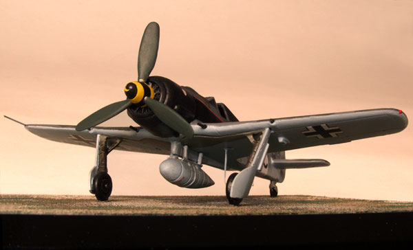 Focke Wulf Fw 190A-8/R8 1/72 scale pewter limited edition aircraft model. A late variant of the famous 'Butcher Bird'. Handmade by Staples and Vine Ltd.