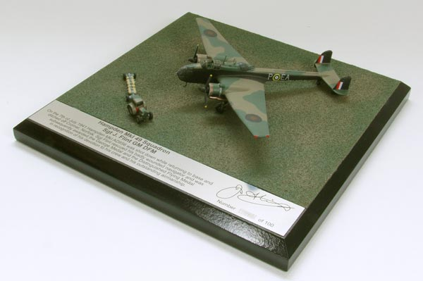 Handley Page Hampden MK I 1/144 scale pewter limited edition aircraft model as flown by J Flint who was awarded the George Medal. Handmade by Staples and Vine Ltd.