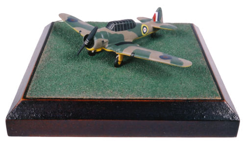 North American Harvard Mk IIB 1/144 scale pewter limited edition aircraft model. One of the classic RAF trainers. Handmade by Staples and Vine Ltd.