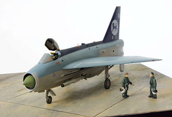 English Electric Lightning F Mk 3 1/72 scale limited edition pewter aircraft model which overtook Concorde and intercepted a U2. Handmade by Staples and Vine Ltd.
