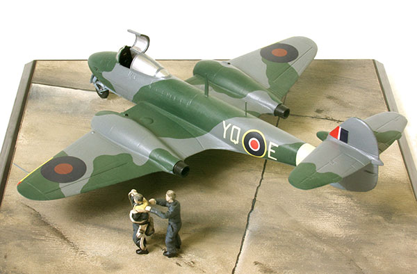 Gloster Meteor F Mk I 1/72 scale pewter limited edition aircraft model as flown to shoot down V1 flying bombs. Handmade by Staples and Vine Ltd.