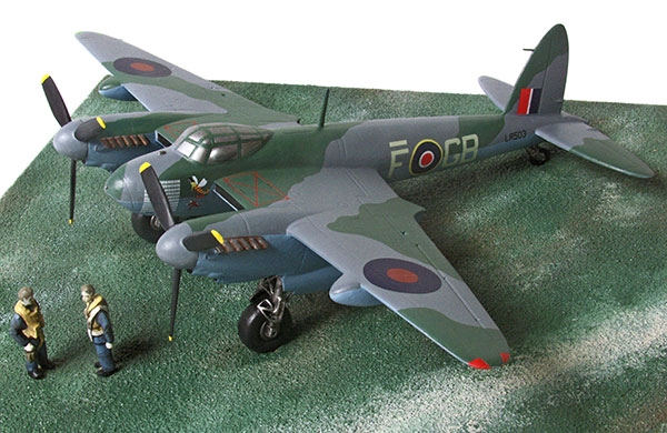 de Havilland Mosquito MK IX 1/72 scale pewter limited edition aircraft model of 'F for Freddie'. Handmade by Staples and Vine Ltd.