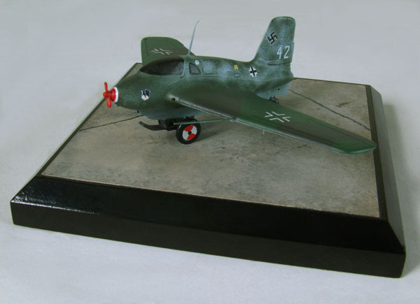 Messerschmitt Me 163 B-0 Komet 1/72 scale pewter limited edition aircraft model. The deadly Luftwaffe rocket interceptor. Handmade by Staples and Vine Ltd.