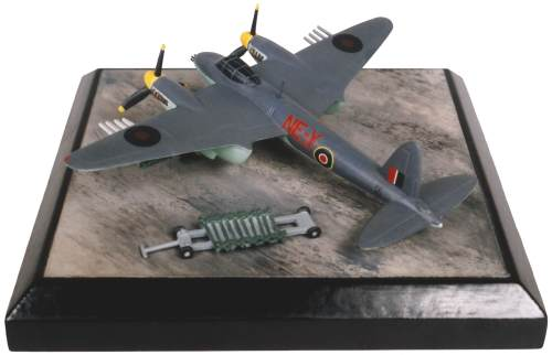de Havilland Mosquito Mk VI 1/144 scale pewter limited edition aircraft model with underwing rockets. Handmade by Staples and Vine Ltd.