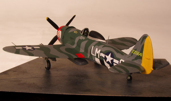 Republic P-47D Thunderbolt 1/72 scale pewter limited edition aircraft model as flown by David Schilling. Handmade by Staples and Vine Ltd.