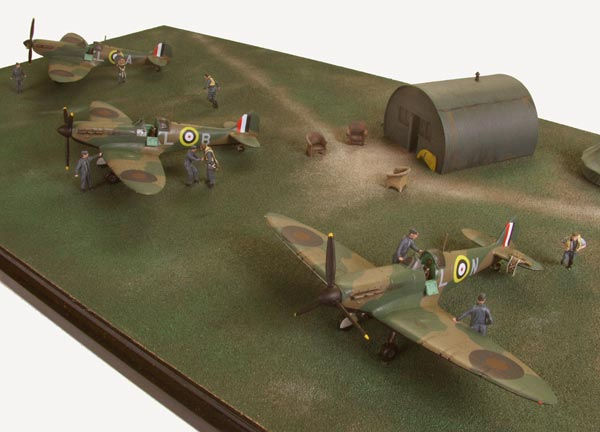 Sramble 1/72 scale limited edition diorama of Supermarine Spitfires from the Battle of Britain. Handmade by Staples and Vine Ltd.