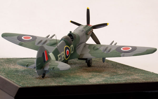 Supermarine Spitfire F Mk 21 1/72 scale pewter limited edition aircraft model. One of the final marks of Spitfire. Handmade by Staples and Vine Ltd.