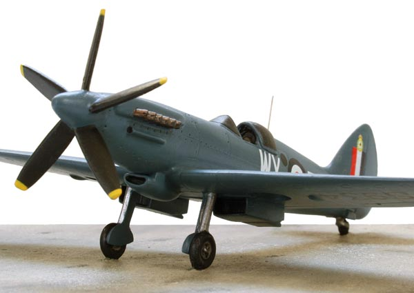 Supermarine Spitfire PR Mk XIX 1/72 pewter limited edition aircraft model. The classic Griffon engine PR Spitfire. Handmade by Staples and Vine Ltd.