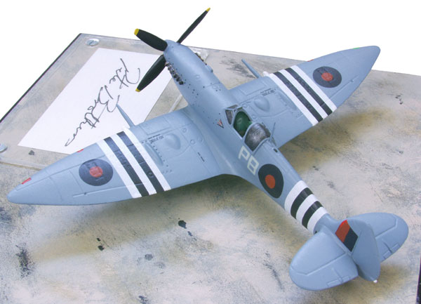 Supermarine Spitfire HF Mk VII 1/72 scale pewter limited edition aircraft model signed by the pilot Pete Brothers. Handmade by Staples and Vine Ltd.