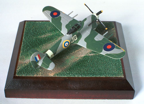 Hawker Typhoon Mk IB 1/144 scale pewter limited edition aircraft model as based at Duxford. Handmade by Staples and Vine Ltd.