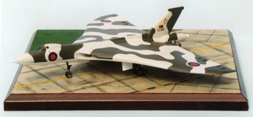 Avro Vulcan B2 1/144 scale pewter limited edition aircraft model. The classic V bomber. Handmade by Staples and Vine ltd.